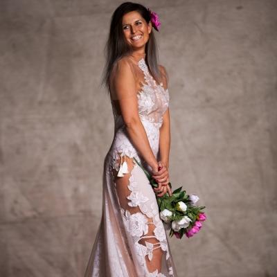 Suknia ślubna z koronki - projekt autorski