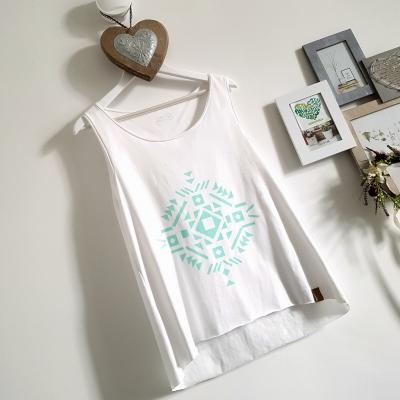 t-shirt biały na ramiączkach z nadrukiem
