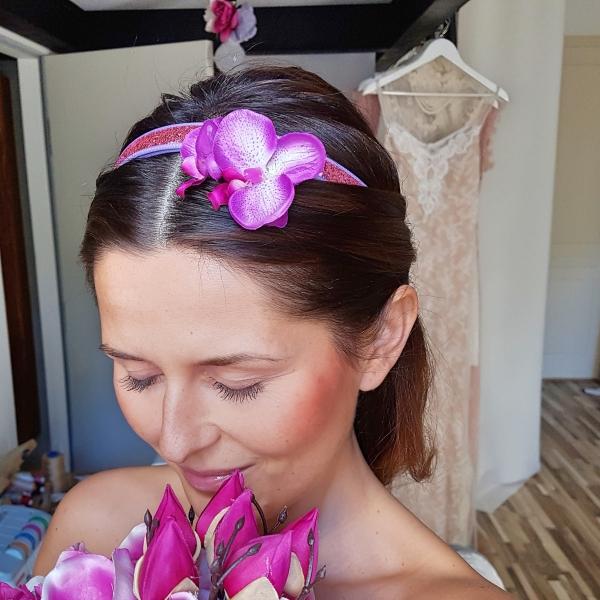 Opaska różowa z orchideą