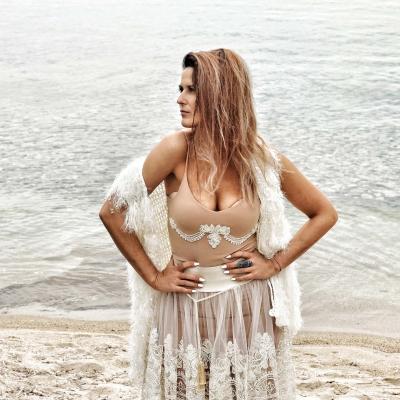 Kamizelka White