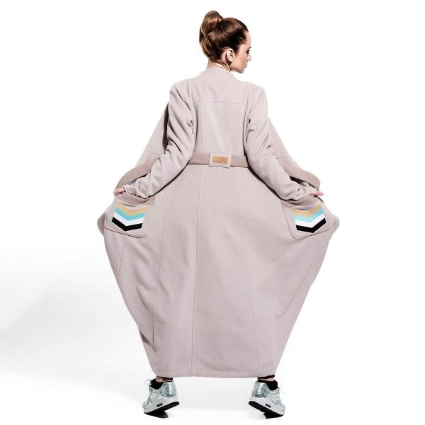 Długi beżowo miętowy płaszcz jesień / zima | onesize